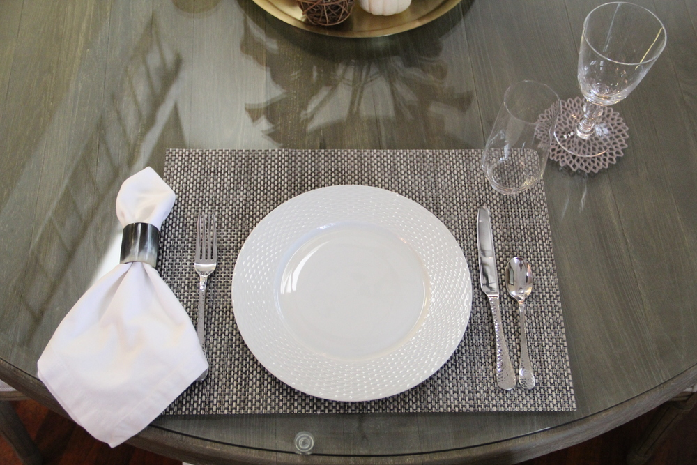 Informal Tablesetting.JPG & Setting the Table u2014 Redefining Domestics