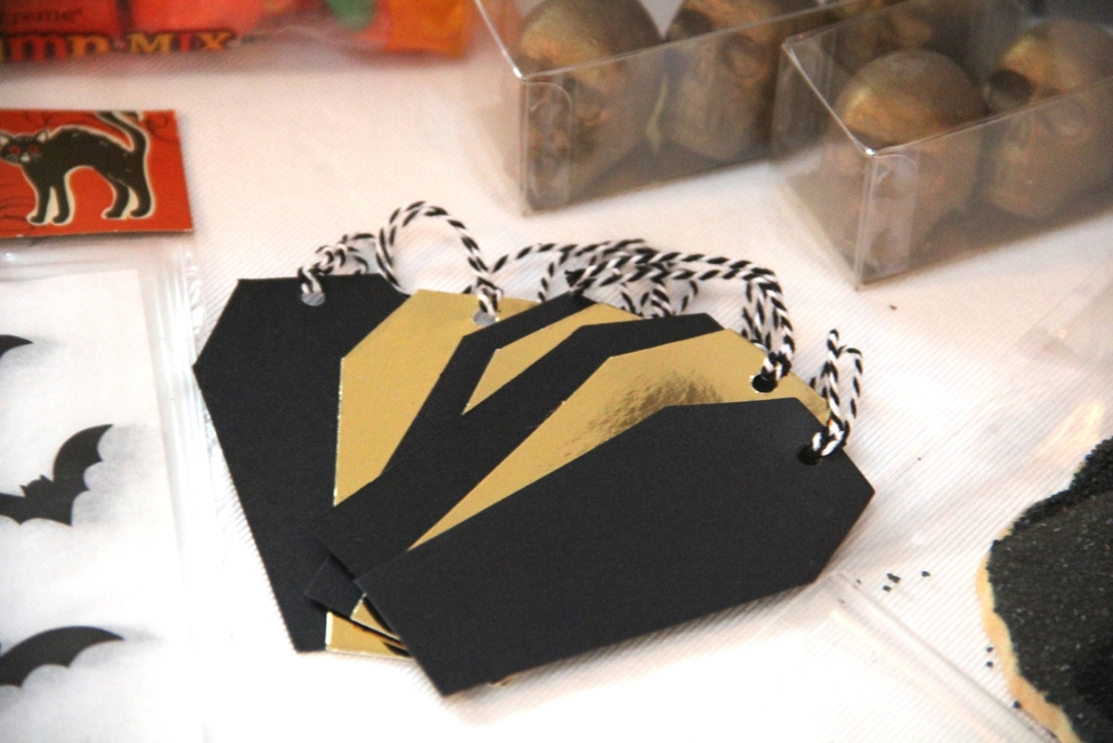 Coffin Gift Tags.JPG