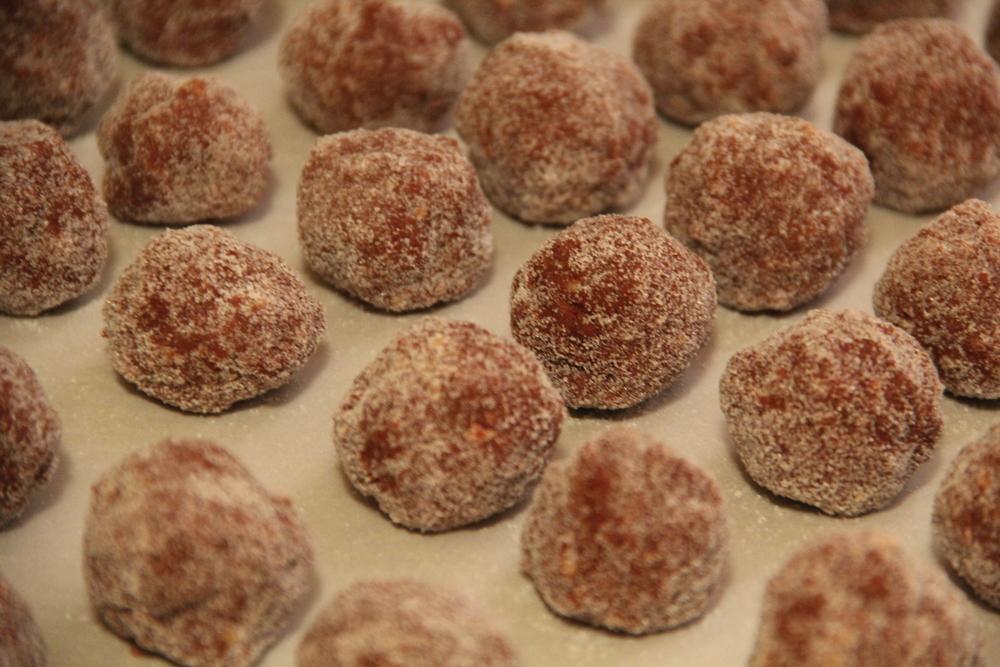 Bourbon Balls 3.JPG