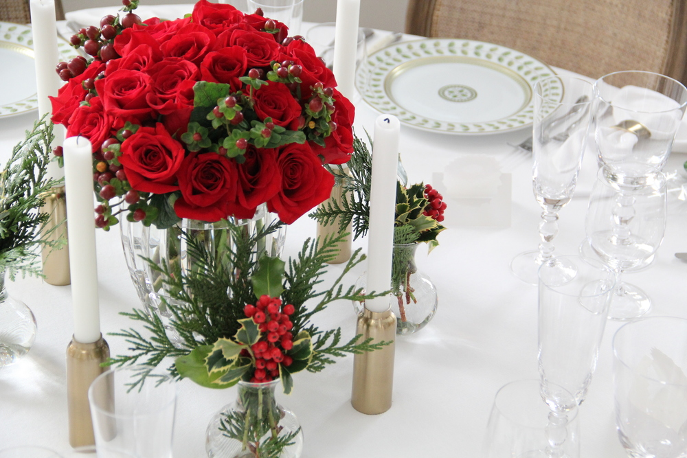 Christmas Tablescape 11.JPG