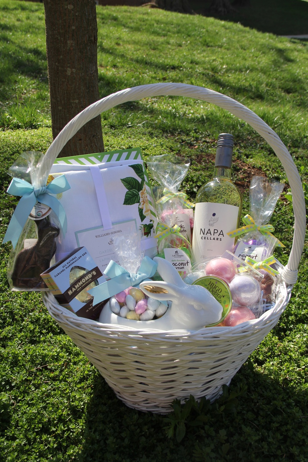 Create a beautiful easter basket redefining domestics easter basket 1g negle Choice Image