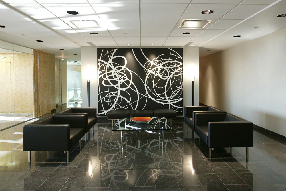 Felesky Flynn LLP Suncor  Energy Centre, Calgary 2003  A boutique law firm with an interior design meant to showcase an extensive art collection. Strategic furniture selection and a neutral colour palette provide long-term, non-dating space.