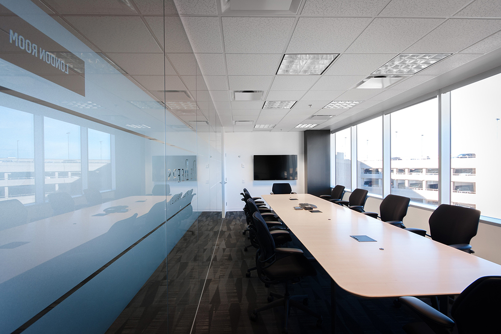 De Beers Mining recently relocated their Canadian headquarters to Calgary, positioning themselves closer to their operations in NWT. The office interior design is reflective of their achromatic, crisp brand.