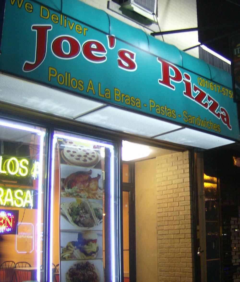 Joes Pizza facade 2.JPG