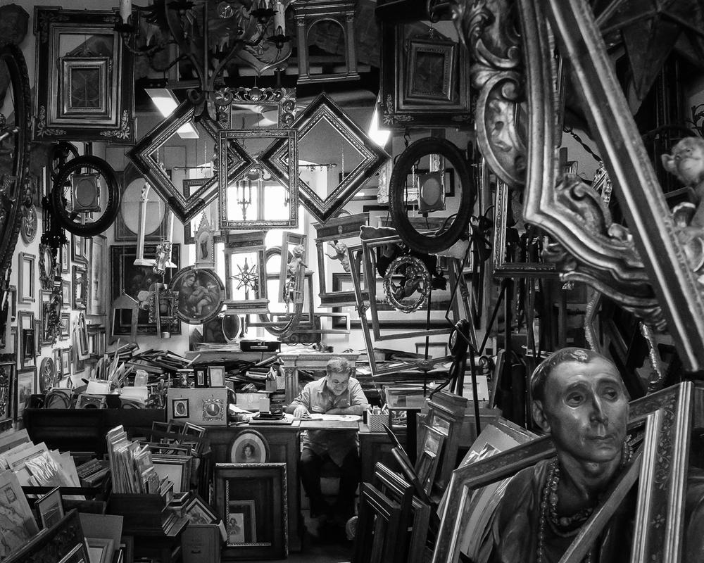Italian Framer ,  John MacKenzie