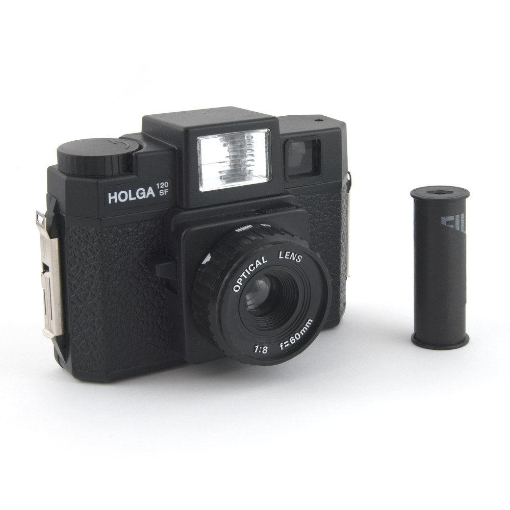 Holga 120SF with film by Bilby via Wikimedia Commons