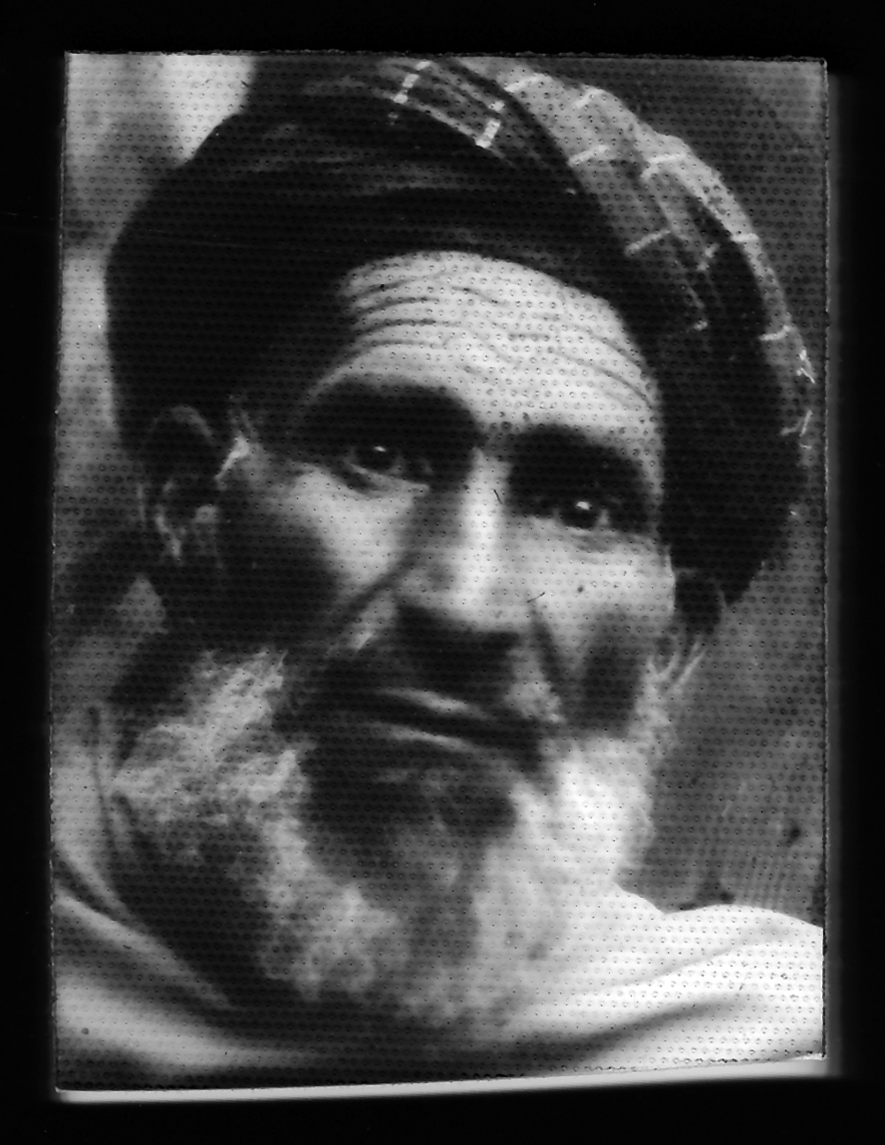 Box Camera photo by Muhammad Ishaq. Jalalabad.