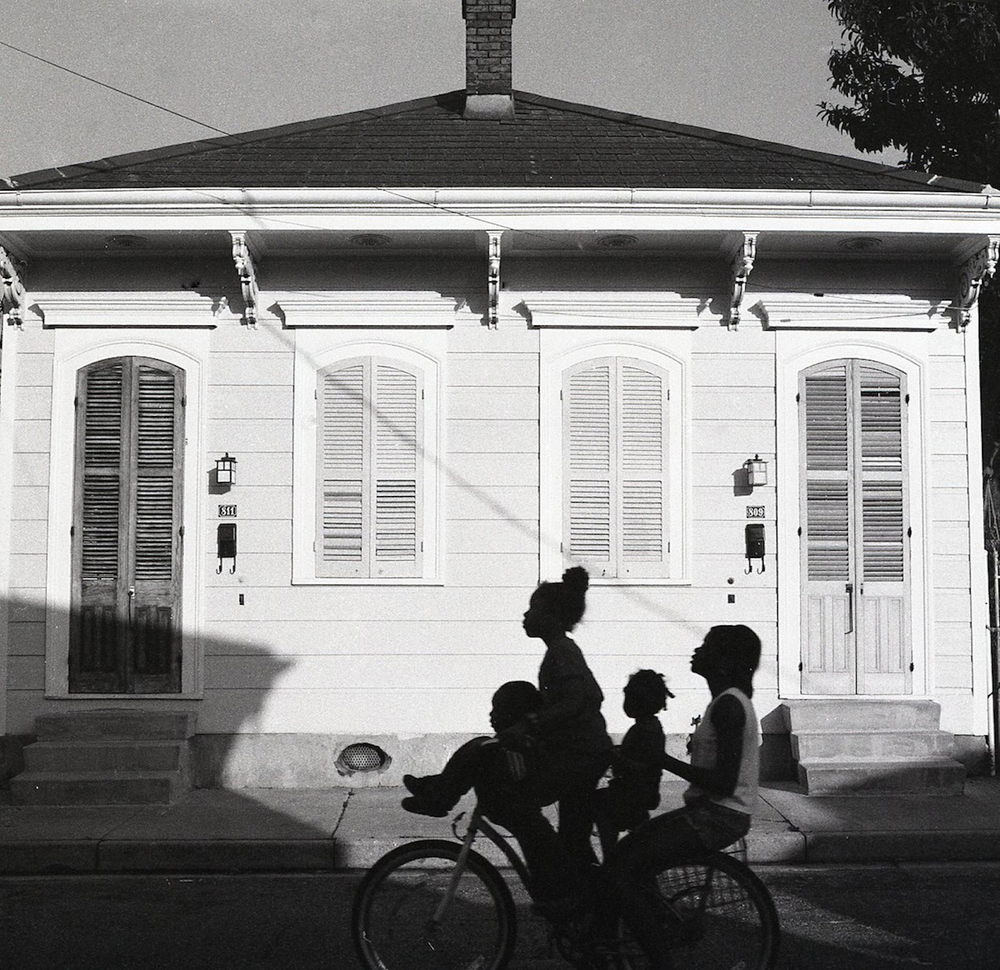 Four on a Bike, Piety Street, New Orleans, Kevin Kline