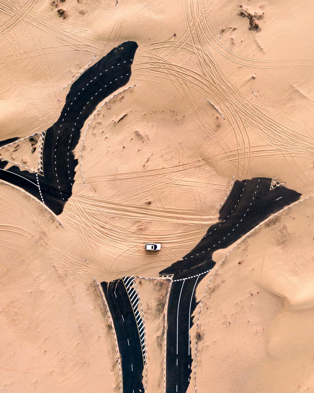 Desert Roundabout ,  Irenaeus Herok