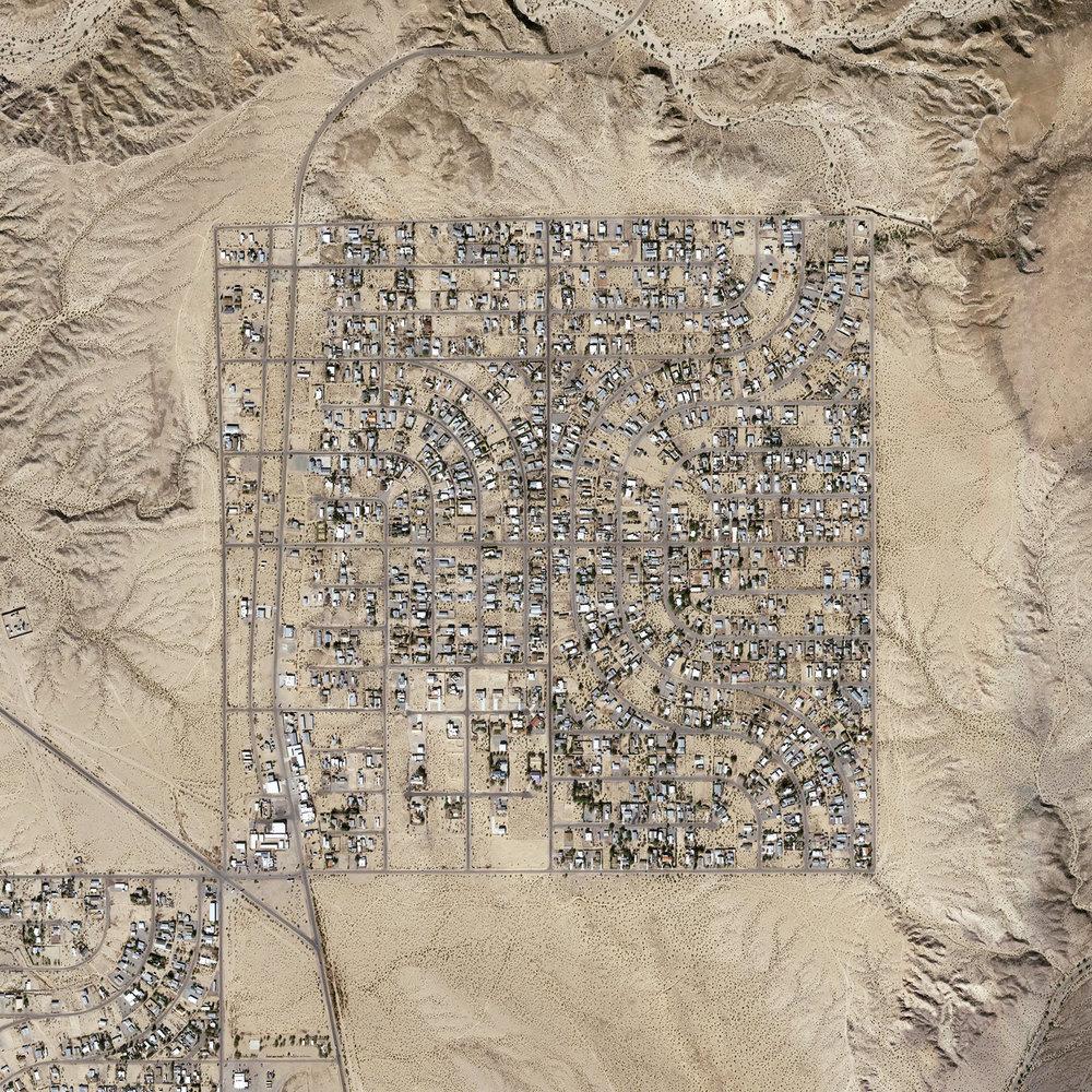 The Jefferson Grid/Golden Shores, Arizona ,  Shabtai Pinchevsky