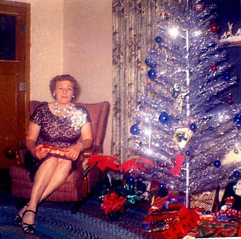 Christmas-tree-mom-55.jpg
