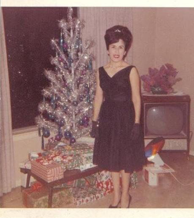 Christmas-tree-mom-25.jpg