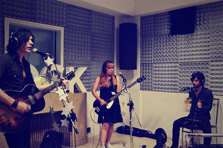 Capsula Band Radio Nacional