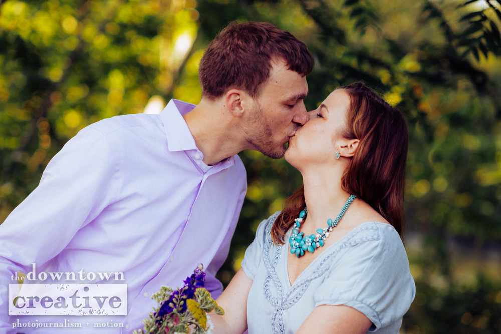 Becky and Chris Engagement-1071.jpg