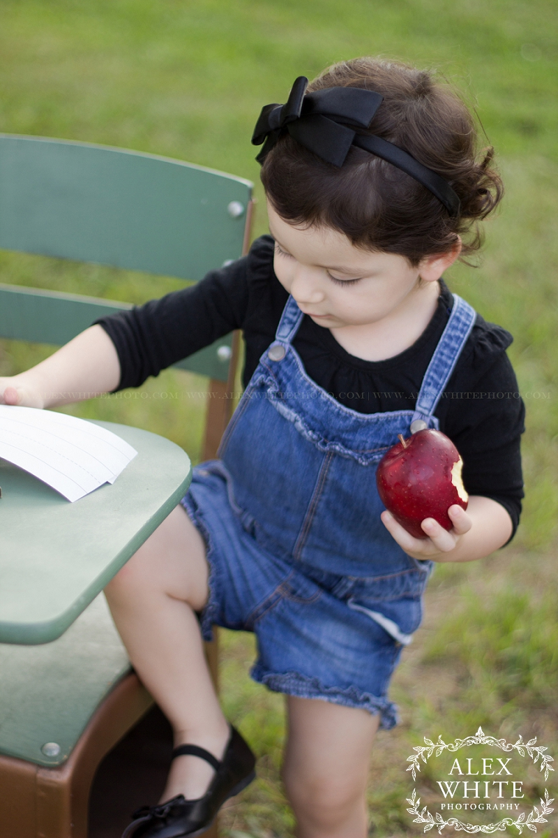 the woodlands child photography mini session back to school