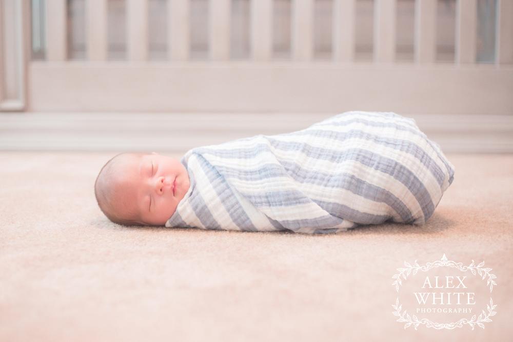 Lifestyle+Newborn+at+Home+Photographer+Cypress,+TX+alexwhitephoto+(26).jpg