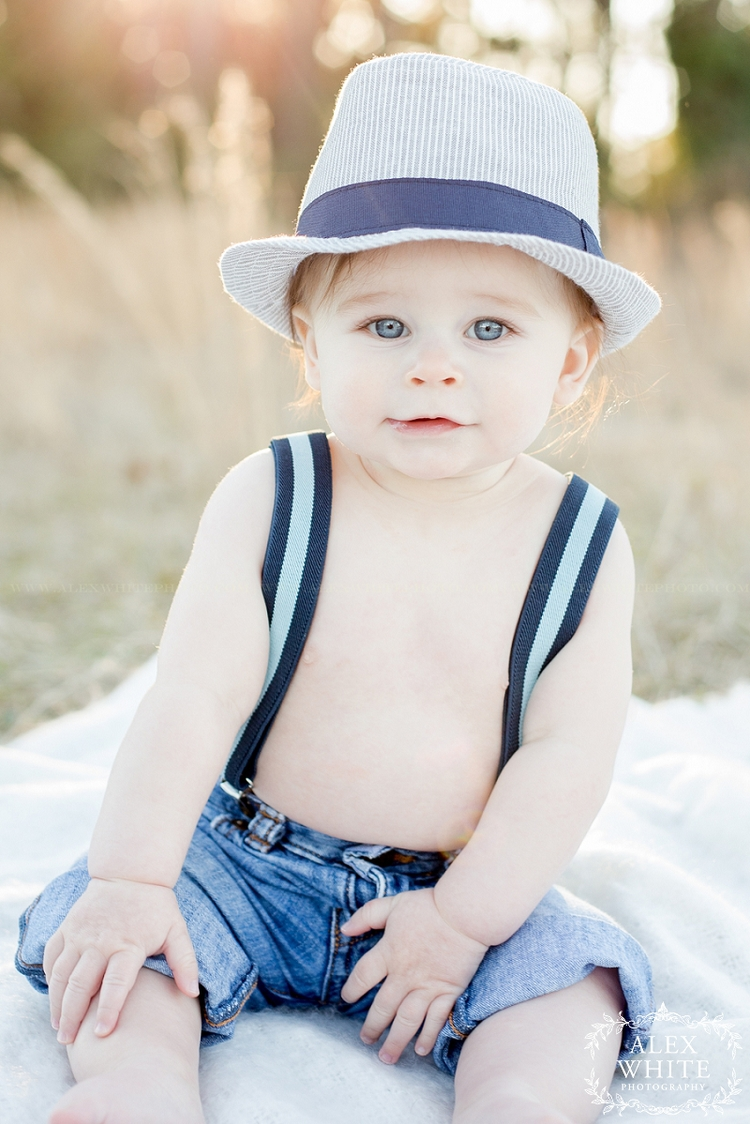 6+month+old+outdoor+session+baby+photographer+Spring,+TX+alexwhitephoto.jpg