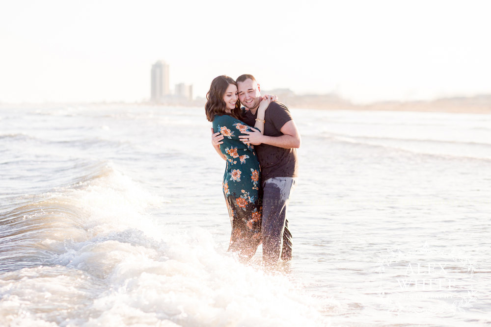 Galveston Photographer Anniversary Photo Session alexwhitephoto (29).jpg