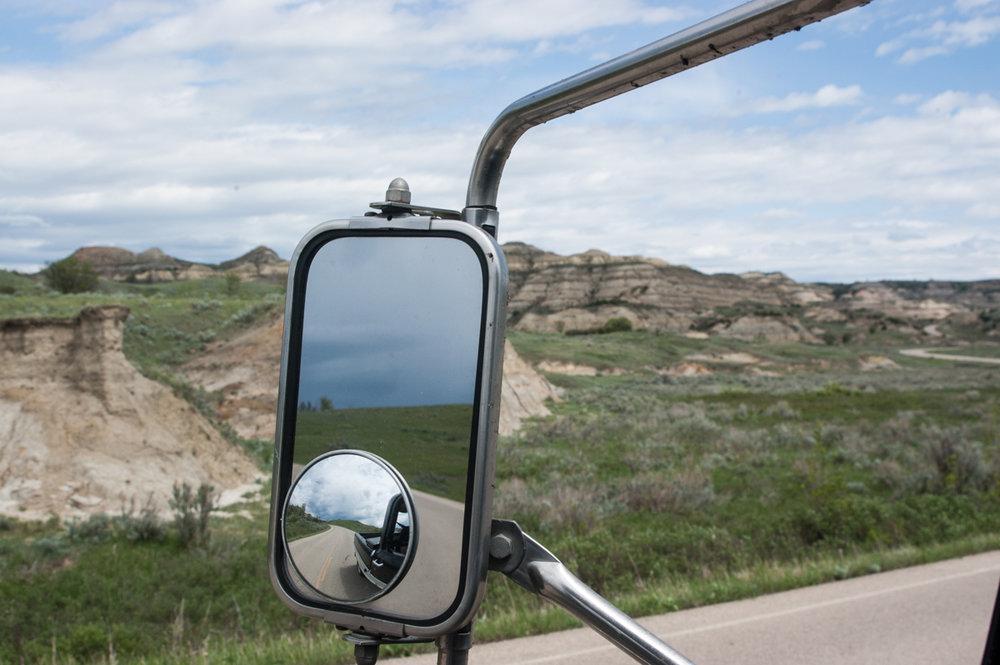 Ginew Little Muddy truck mirror