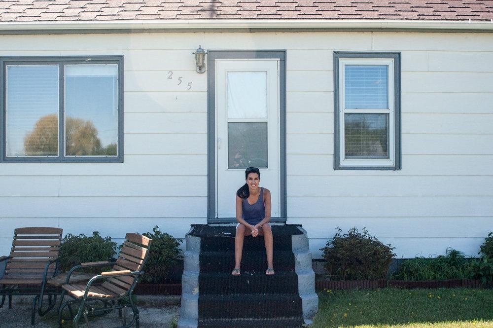 Ginew Jessica Gardena porch