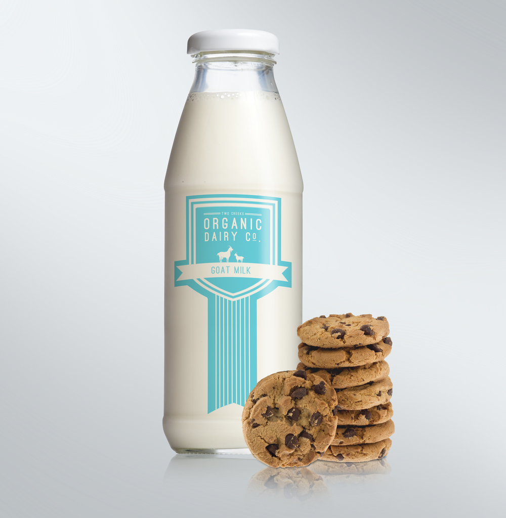 TwoCreeks_Bottle_CookiesBlue.jpg
