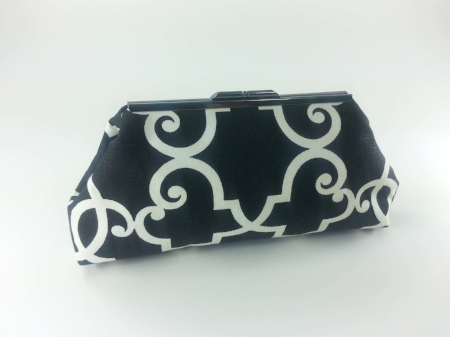 Jasmine - Black and White Print Clutch