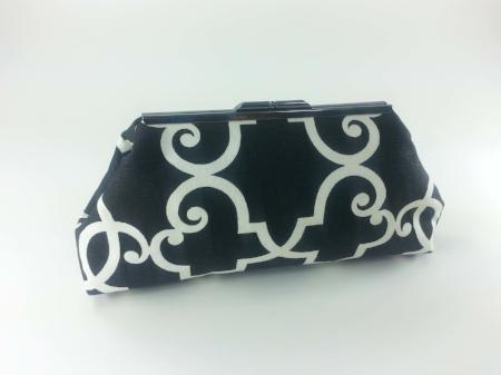 Jasmine - Black and White Print Clutch