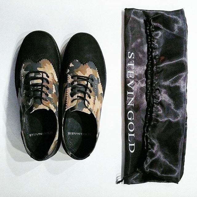 Giving away a FREE pair of Camo Corked Wingtip Sneakers TODAY! Picking a RT to win @ Midnight CST. #stevingold  RT or ❤ @stevingold and @stevenfriend twitter to be the lucky winner we pick!  #sneakers #sneakerhead #complexkicks #kicks #kickstagram #kicksonfire #footwear #hypebeast #highsnobiety #gq #mensfashion #agenda