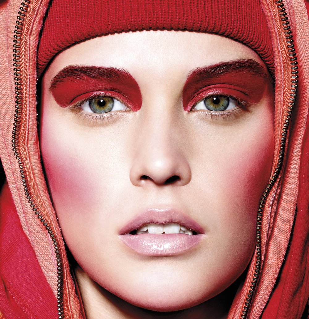 Peter Philips - Make up artist Peter Philips discusses his perspective regarding the color red with this photograph from V Magazine.