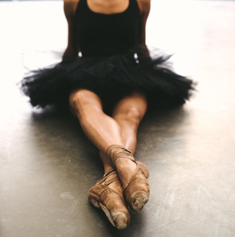LINDSEY CROOP - BALLET - DANCE THEATER OF HARLEM - TWOTWENTY by CHI-CHI AGBIM-9.jpg