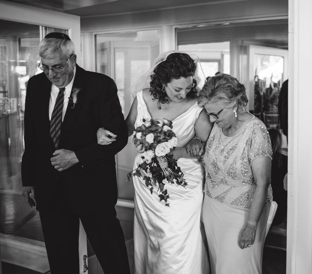 LIZA & JON - BATTERY PARK WEDDING - NYC INTIMATE WEDDING PHOTOGRAPHER - CHI-CHI AGBIM-359.jpg