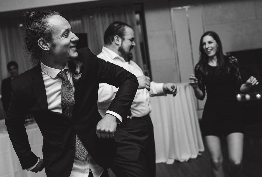 LIZA & JON - BATTERY PARK WEDDING - NYC INTIMATE WEDDING PHOTOGRAPHER - CHI-CHI AGBIM-840.jpg