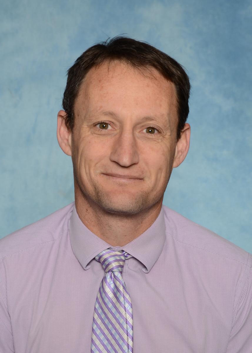 Carl Luscombe, Deputy Principal 4-6