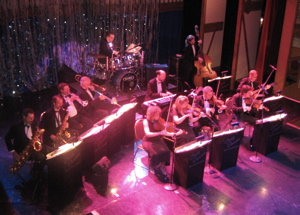 Craig Duncan Orchestra on the General Jackson Showboat