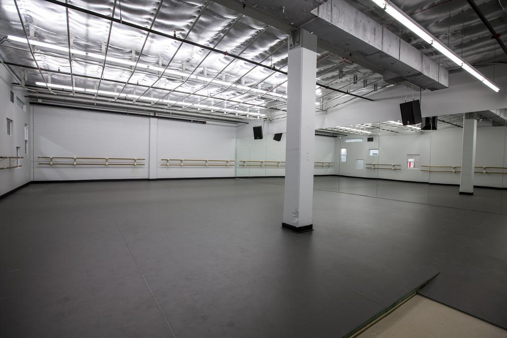 Studio C  Dimensions- 43' x 31'