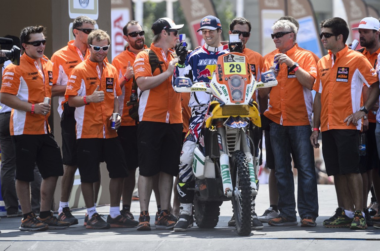 embracing-kurt-caselli-wednesday-21_770_wide.jpg