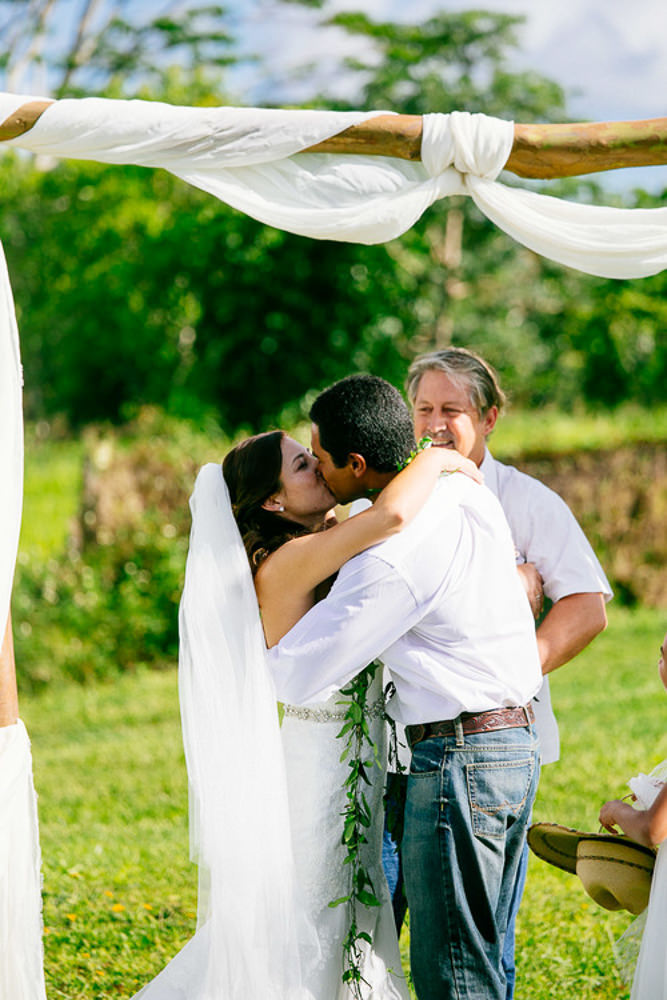 Hanalei Wedding_-12.jpg