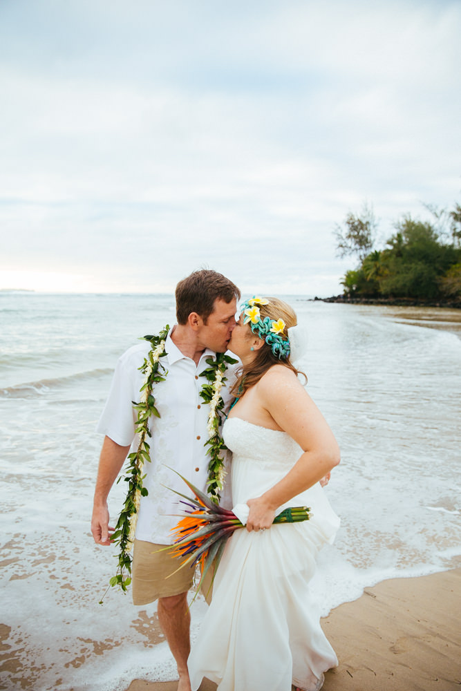 hanalei bay kauai wedding_-65.jpg