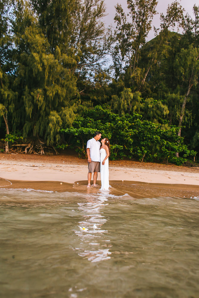 Tunnels beach wedding photography_-61.jpg