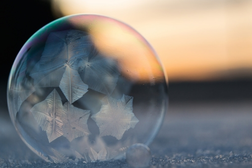 frozen bubbles by angela kelly