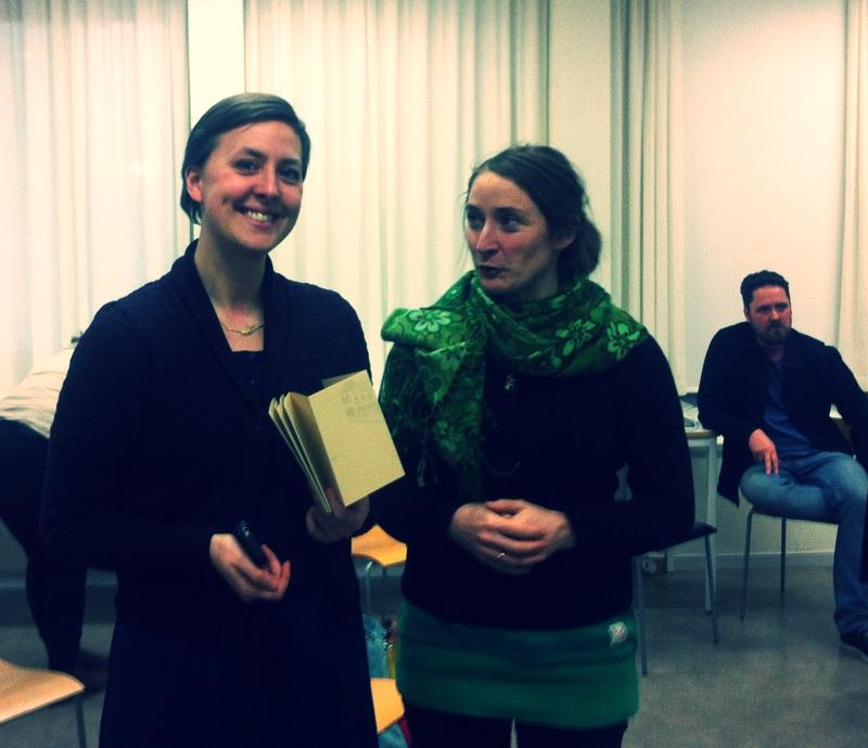 Klara with her Leporello, Linda and Jens from Sanatorium publishing in the back.