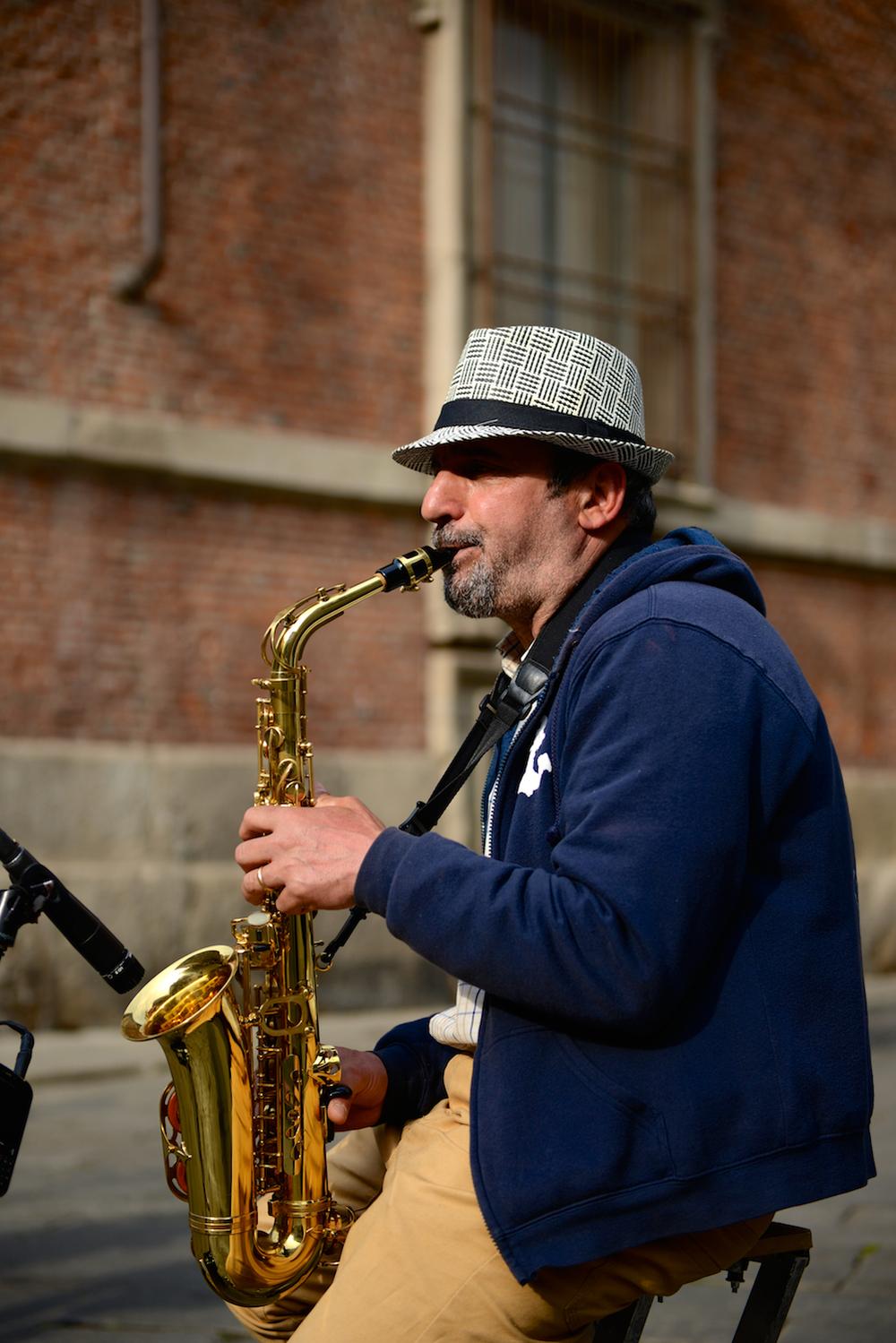 Brera Saxophonist 02.jpg