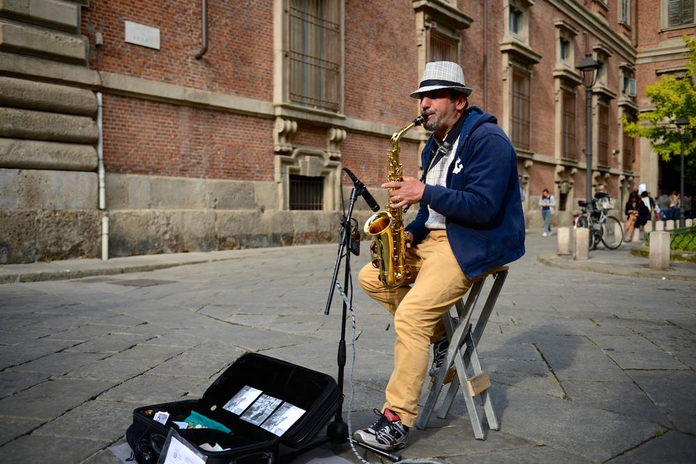 Brera Saxophonist 03.jpg