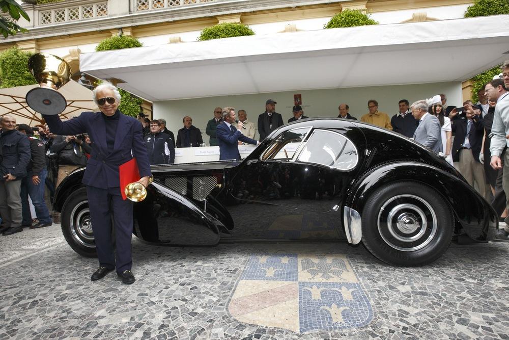 Cernobbio 25 maggio 2013, la Bugatti 57SC Atlantic, presentata in concorso dal proprietario Ralph Lauren, vince la Coppa d'Oro Villa d'Este