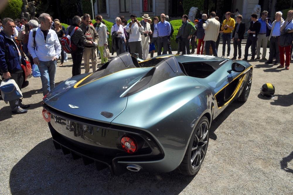 Aston Martin CC100 Speedster 6.jpg
