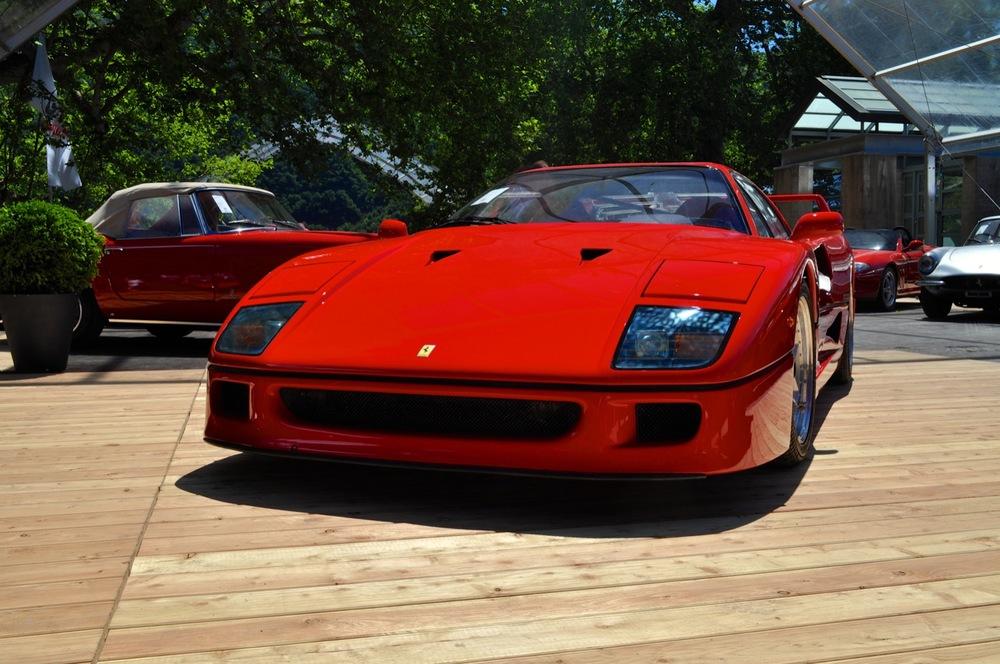 Ferrari F40 2.jpg