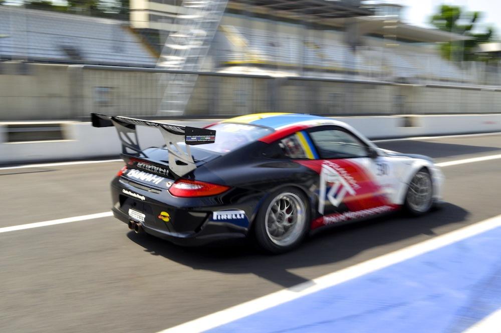 Targa Tricolore Porsche 1.jpg