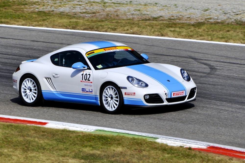 Targa Tricolore Porsche 2.jpg