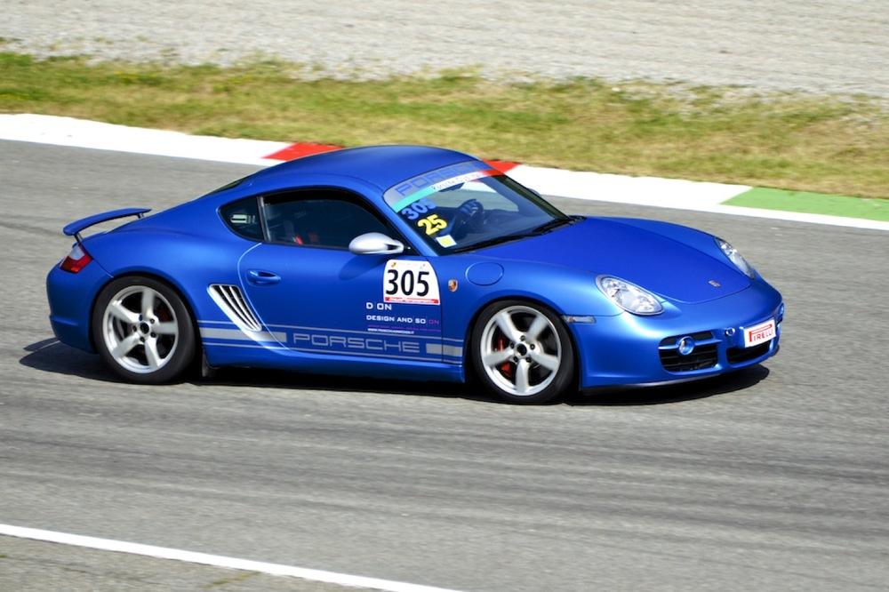 Targa Tricolore Porsche 3.jpg