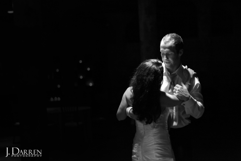 J. Darren Photography captures the first dance with black and white photography.